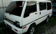 Mitsubishi L200 Strada 1988 Putih