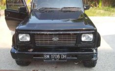 1997 Daihatsu Rocky dijual