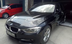 Jual BMW 3 Series 320i 2015