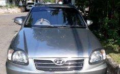 Hyundai Avega  2012 Abu-abu