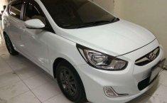 Hyundai Avega  2014 Putih