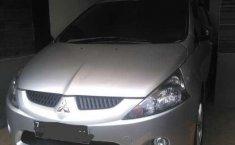 Mitsubishi Grandis (GLS) 2005 kondisi terawat