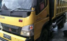 Mitsubishi Fuso  2011 Kuning