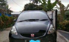 Honda Fit (1.3 Automatic) 2002 kondisi terawat