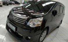 Jual Toyota NAV1 V Limited 2015