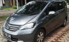 Jual Honda Freed PSD 2011