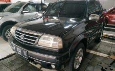 Jual Mobil Suzuki Escudo 2.0i 2004