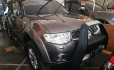 Jual mobil Mitsubishi Pajero Sport Dakar 2011