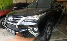 Jual mobil Toyota Fortuner VRZ 2017