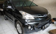Jual mobil Daihatsu Xenia R 2014