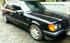 Mercedes-Benz 300E 1989 dijual