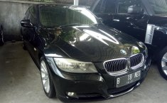 Jual BMW 3 Series 325i 2010