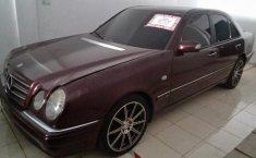 Jual Mercedes-Benz E-Class E 230 1997
