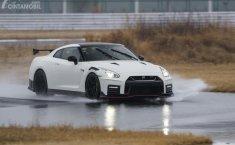 Review Nissan GT-R Nismo 2020: 'Godzilla' Tumbangkan Euphoria Toyota Supra
