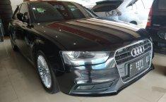 Jual Audi A4 1.8 TFSI PI S-Line Black Edition 2012
