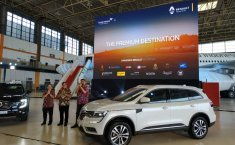 SUV Baru Renault Meluncur Di Hanggar Garuda Indonesia