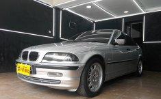 Jual Mobil BMW 3 Series 318i 2001