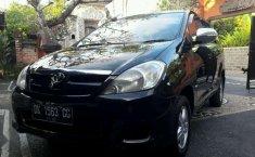 Toyota Kijang Innova 2006 dijual