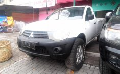 Jual Mitsubishi Triton GLX 4x4 2010