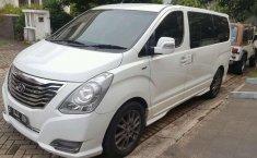Hyundai H-1 2.5 CRDi 2014 Putih
