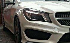 Mercedes-Benz CLA 200 2015 Putih