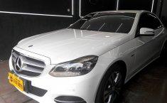 Jual mobil Mercedes-Benz E-Class E 200 Avantgarde Edition 2016