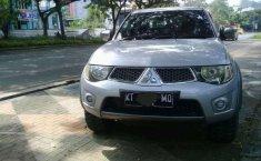 Mitsubishi Triton  2012 Silver