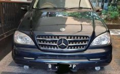 Mercedes-Benz M-Class ML 320 2001 Hitam