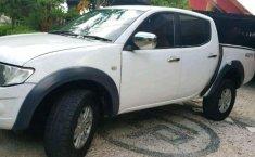 Mitsubishi Triton GLX 4x4 2011 harga murah