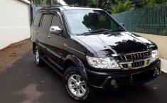 Jual Mobil Isuzu Panther Grand Touring 2.5 Turbo 2010