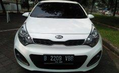 Jual Mobil Kia Rio Platinum 2013