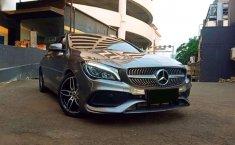 Mercedes-Benz CLA 200 2018 Abu-abu