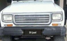 Daihatsu Taft 1992 dijual