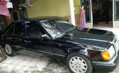 Mercedes-Benz GT 1988 dijual