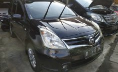 Jual Mobil Nissan Grand Livina XV 2011