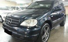 Jual Mercedes-Benz M-Class ML 320 2000