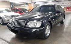Jual Mercedes-Benz S-Class S 320 1998