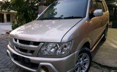 Isuzu Panther 2005 dijual