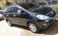 Toyota Kijang Innova (V) 2006 kondisi terawat