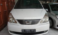 Jual Mobil Nissan Serena Highway Star 2011