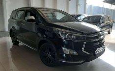 2017 Toyota Venturer dijual
