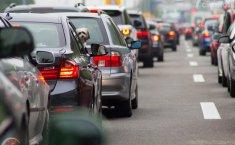 Aman di Jalan Saat Mudik, Ini Tips Jaga Jarak Antar Mobil