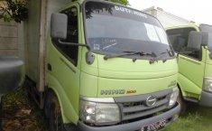 Jual mobil Hino Dutro 2013
