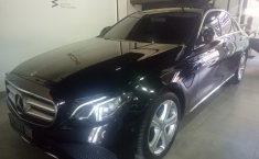 Jual mobil Mercedes-Benz E-Class E250 2016