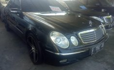 Jual mobil Mercedes-Benz E-Class E200 2007