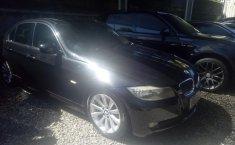 Jual mobil BMW 3 Series 325i 2010