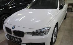 Jual BMW 3 Series 320i 2014