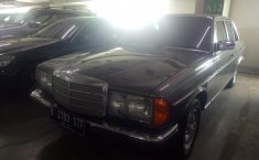 Jual mobil Mercedes-Benz E-Class 280E 1984