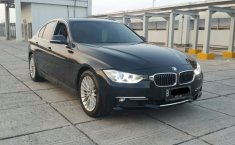 Jual BMW 3 Series 320i Luxury 2013
