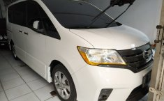 Jual mobil Nissan Serena Highway Star 2013